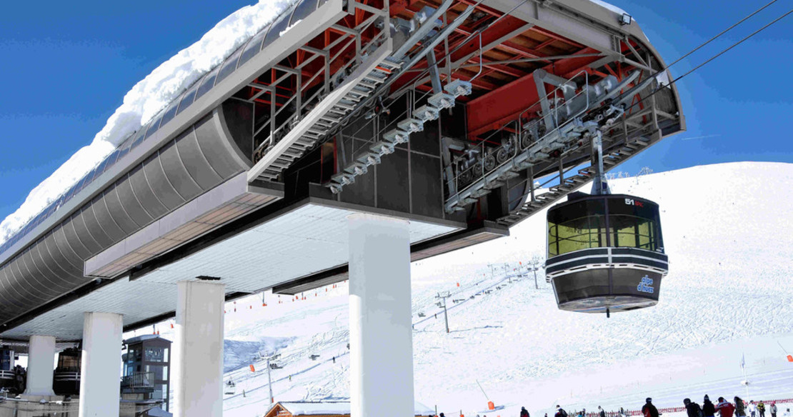Easy ski access to the ski area of Alpe d'Huez