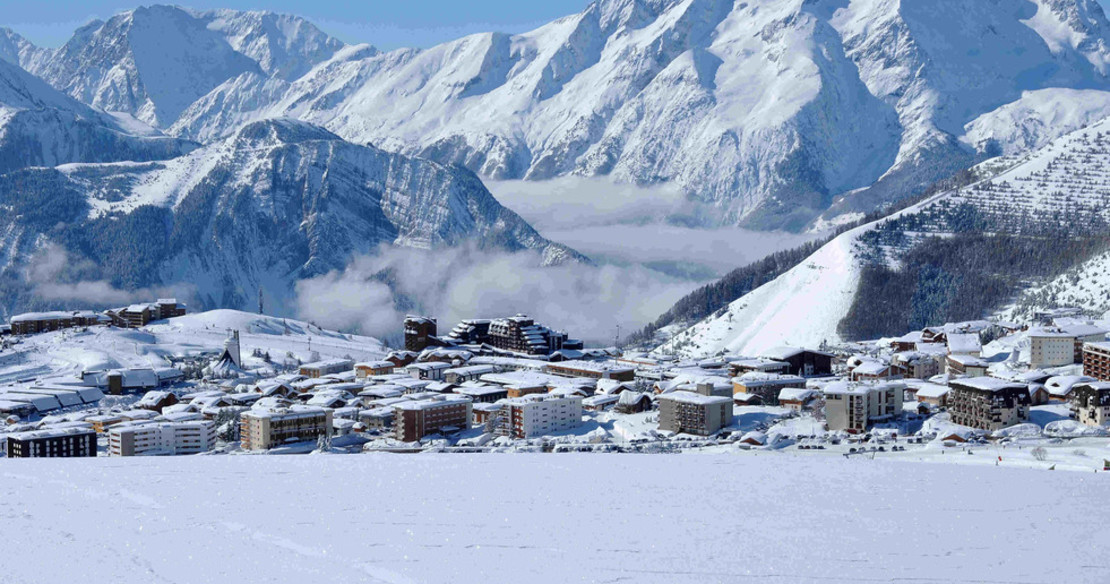 ski in ski out chalets in Alpe d'Huez - the Bergers area